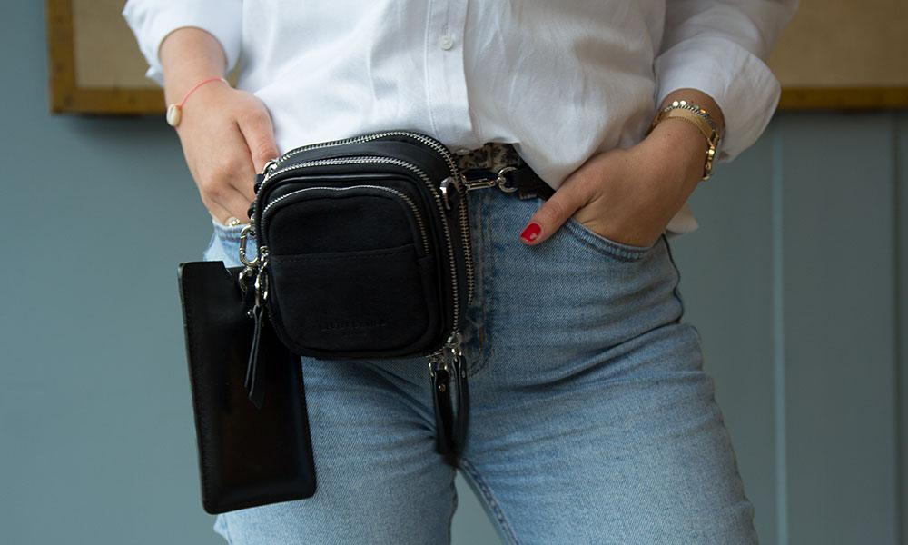 tassen-trends-heup-tas-tasje-zwart-vierkant-liebeskind