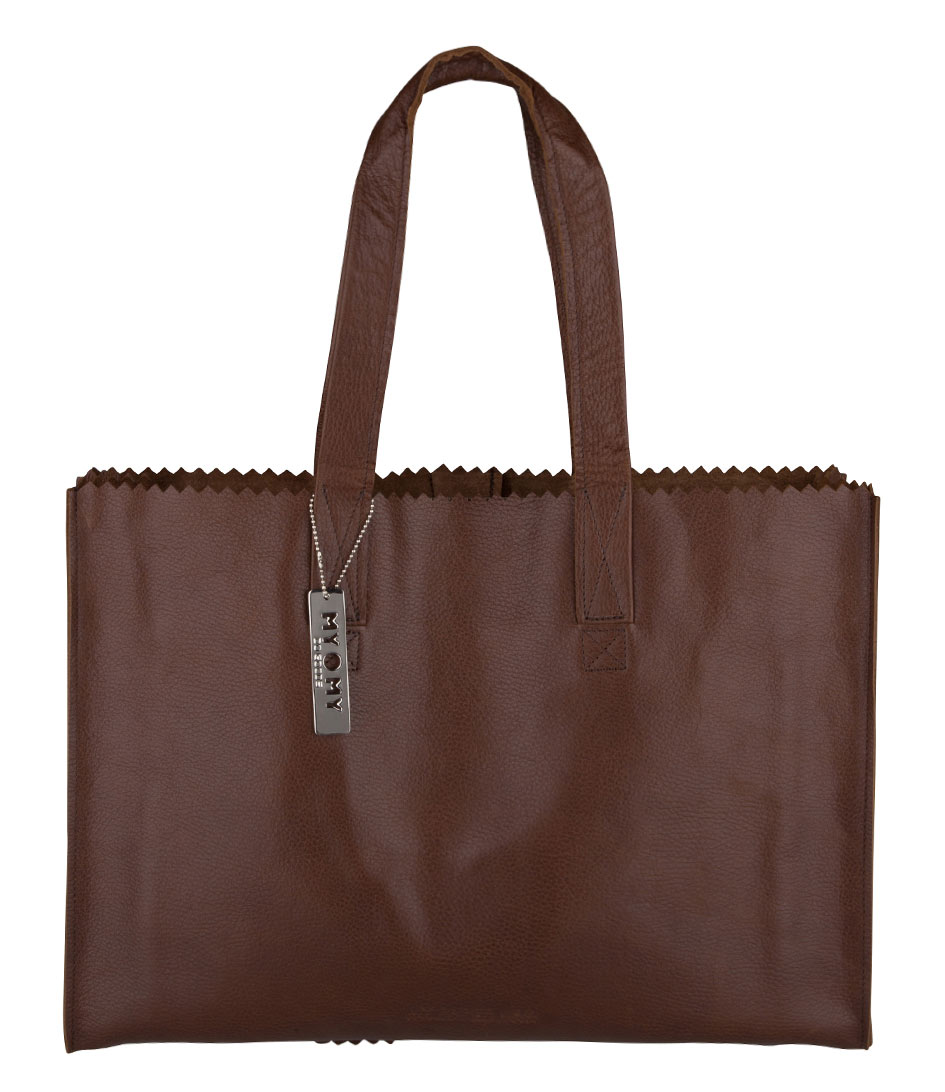 my brown bag Shop for bloomingdale's little brown bag - 100% exclusive online at bloomingdalescom everyone's favorite bloomies souvenir water-resistant plastic reproduction of our little brown bag durable, easy to clean and great for everyday use.